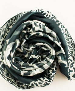 grey-_-white-leopard2