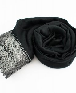 Crochet Lace Hijab Black 3